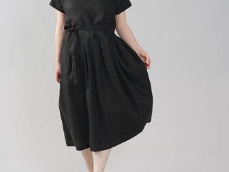 【wafu】中厚 リネン ワンピース 着物衿 禅 和装 ミモレ丈 半袖 リネン100%/ブラック a084d-bck2の画像