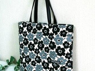 リネンブラックの花 肩掛けBIGバッグの画像