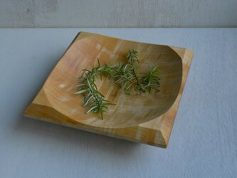 トチの四角深皿の画像