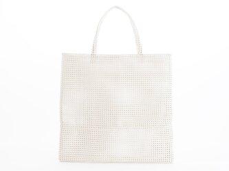 mesh leather hand bag(白)山羊革/33×33/MB001の画像