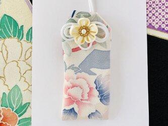 (牡丹)元巫女の花のお守り袋の画像