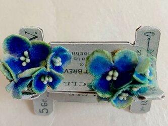 布花 ブルー紫陽花のイヤリングの画像