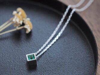エメラルド 四角 ネックレス シルバー925の画像