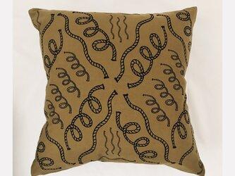 rope_brown_cushionの画像
