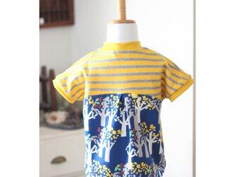 【80】サーカスプルオーバー*後ろ布帛Tシャツ ボーダー・北欧風ツリー柄の画像