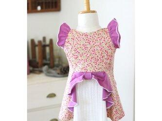 【80】燕尾フレアT*リボン付きTシャツ ベリー柄ピンクの画像