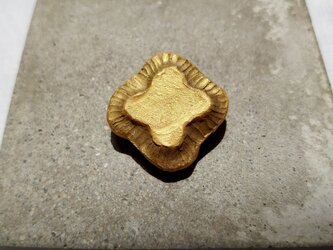 クローバー4(ゴールド) 陶土ブローチの画像