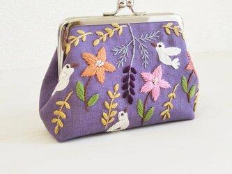 草花と小鳥のがま口  紫の画像