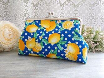 ◆ビタミンレモンのドットがま口ポーチブルー*柑橘黄色フルーツ柄食べ物果物プレゼントや旅行にの画像