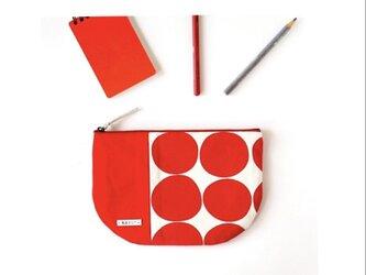 SALE!赤ドットの半月型ポーチ・本革使用(赤の帆布)の画像