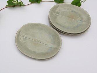 灰釉の楕円皿の画像