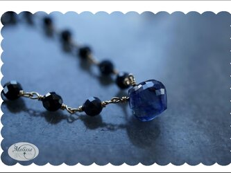 ブルーサファイアのネックレスの画像