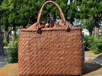山葡萄(やまぶどう)籠バッグ | 網代編み | 巾着と中布付き | (約)幅31cmx高さ23cmx奥行12cmの画像