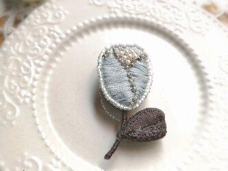 小花*刺繍ブローチの画像