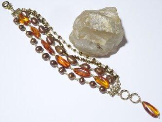 天然琥珀(アンバー)と淡水真珠の多連ブレスレットの画像