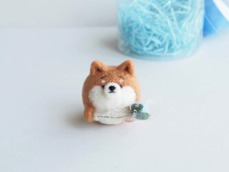【受注製作】~敬老の日~まゆ柴犬が水色のお花を贈ります。(赤柴・黒柴・白柴)  羊毛フェルトの画像