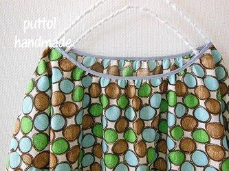 水玉柄♪コットン♪オフショルダーのゆったりギャザーシャツの画像
