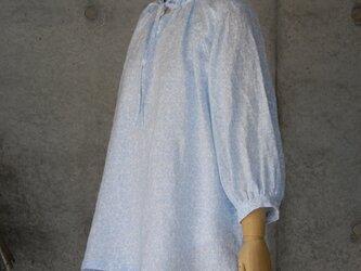 リネンのギャザーブラウス M ~ L/ラグラン袖の画像