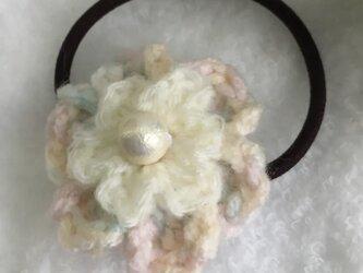 【momousagi】No.37 お花のヘアゴムの画像