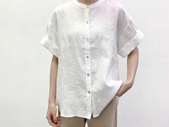 en-enシェフ風シャツ・太カフス付きギャザー袖シャツ・オフホワイトの画像