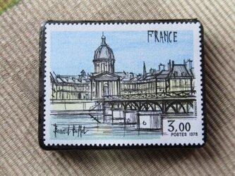 フランス 美術切手ブローチ6206の画像