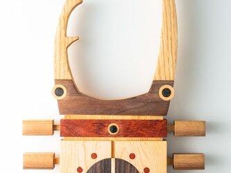 木の時計:クワガタの画像