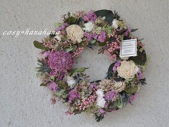 芍薬の咲く庭wreathの画像