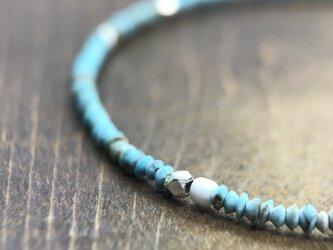"Turquoise Beads Bracelet ""繊細なターコイズビーズのブレスレット""の画像"