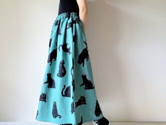 こなまいきな黒猫のロングスカート*マキシ丈*コットンリネン*リーフグリーンの画像