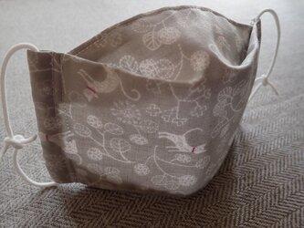 *立体マスク・舟形マスク・薄いグレーにネコ・ステッチ片方*の画像