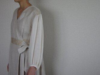 Juno cache-coeur dressの画像