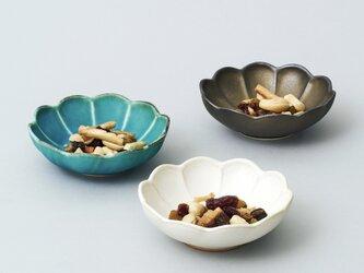 輪花小鉢・豆鉢 3色セットの画像