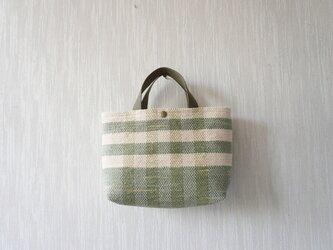 裂き織りのバッグS´´ ミルクベージュ×淡いモスグリーン チェックの画像
