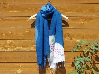 Sale コットンリネンの藍染絞りストール*紫陽花の画像