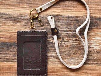 栃木レザー IDケース ネックストラップ付き ICケース パスケース 定期入れ 定期ケース カードケース 本革 牛革 ブラウンの画像