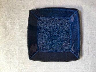 NO.25角皿(渦巻き柄)青の画像