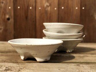 白釉 組小鉢 三つ割り高台 四枚一式の画像
