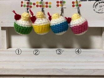 ♪おうち時間を楽しく♪クリームソーダの編みぐるみストラップの画像