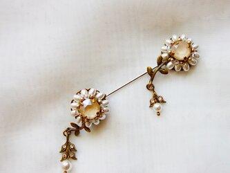 murmures des fleurs ホワイト・クリーム(ハットピン・ラペルピン)の画像