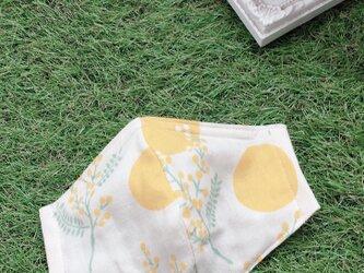 立体マスク ミモザ ドット 花柄 イエロー キッズ オトナの画像