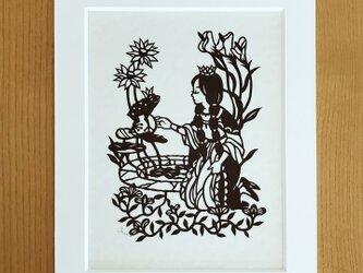 童話の切り絵「かえるの王様」の画像
