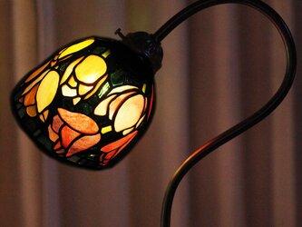 ステンドグラスランプ チューリップの画像