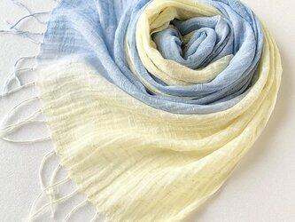 手染めのコットンリネン*淡檸檬色×薄藍色*ストールの画像