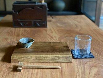 晩酌皿(一枚板、 エンジュM、角皿)の画像