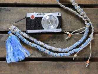 テープヤーンの麻紐ヘンプネックストラップblueの画像