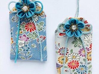 (小花)元巫女の花のお守り袋の画像