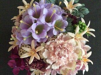 仏花    真珠の涙     重箱アレンジメント(造花、仏壇、お供え、お盆、お彼岸)の画像