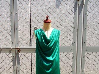 ③ la couleur robe[グリーン]の画像