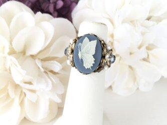 アンティーク調カメオ指輪 【バタフライ•ブルー】の画像