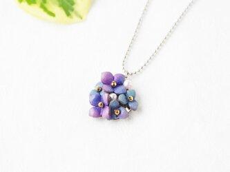 手染めレザー*紫陽花のネックレスの画像
